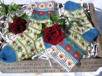 Roman de la Rose Socks and Tam